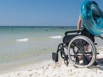 人残疾在黑海 免版税库存图片