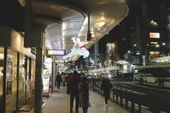 人民在街市街道京都,日本走 库存图片