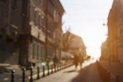 人的模糊的照片在街道上的 免版税库存照片