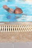 人的游泳。 库存照片