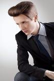 年轻人的短发Style.Portrait有棕色头发的 免版税库存照片
