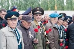 人的老军事人员有奖牌的 库存图片