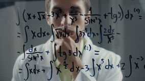 人科学家认为在积分方程的解答 数学家解决问题 股票录像