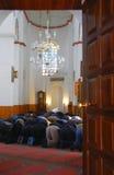 人穆斯林祈祷 免版税库存照片
