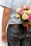 人藏品桃红色和奶油色玫瑰   图库摄影