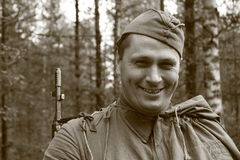 人行动的红军战士 免版税库存照片