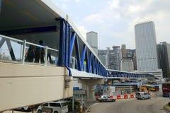 人行桥在中央,香港 免版税库存图片