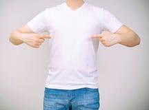人衬衣t白色 免版税库存照片