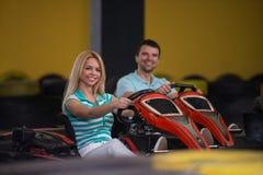 人驾驶去Kart Karting种族 免版税库存图片