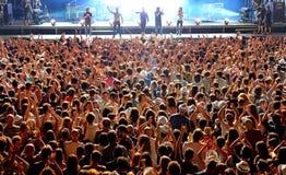 人鸟瞰图一个音乐会的在Dcode节日 免版税图库摄影
