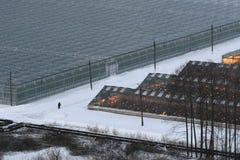 温室在雪打开 图库摄影