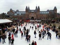 人们滑冰的阿姆斯特丹 图库摄影