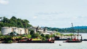 人们在利伯维尔,加蓬 免版税图库摄影