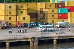 人们在利伯维尔,加蓬 免版税库存照片