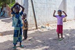 人们在班珠尔,冈比亚 库存图片
