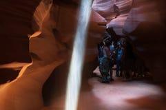 人们在羚羊峡谷 库存照片