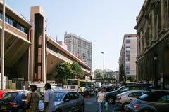 人们在马赛市临近公共汽车站 免版税库存图片