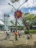 人们在麦德林哥伦比亚的体育中心 免版税库存图片