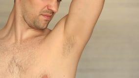 人` s长毛的腋窝特写镜头 影视素材