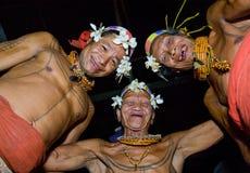 人Mentawai部落舞蹈礼节舞 库存照片