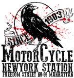 人T恤杉的葡萄酒摩托车俱乐部商标图形设计 免版税库存图片