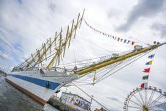 什切青,波兰, 5威严2017年:在码头的船在飞翅期间 免版税库存图片