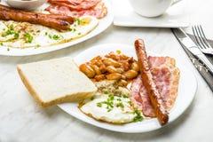 仅英式早餐与一杯茶 免版税图库摄影