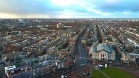 介入皇家Concertgebouw或音乐厅,荷兰的阿姆斯特丹都市风景鸟瞰图 影视素材