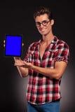 介绍一个新的片剂填充的方式人 库存照片