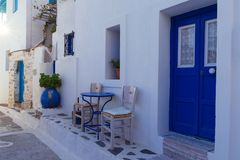 从一个传统Cycladic房子的入口 免版税库存图片