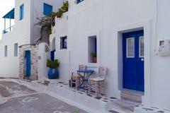从一个传统Cycladic房子的入口 库存照片