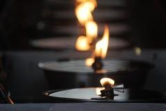 从一盏菜油灯的火焰 免版税图库摄影