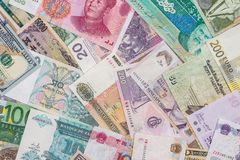 从世界国家的许多不同的货币钞票 免版税图库摄影