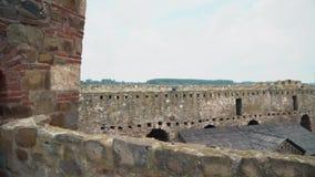 从中古的老堡垒,在墙壁上的段落 影视素材