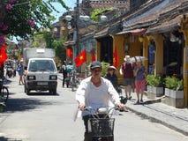 从会安市,越南的街道场面 库存照片