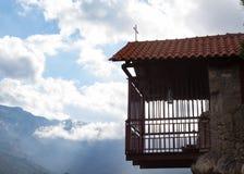 从修道院的一个笼子阳台 免版税库存照片