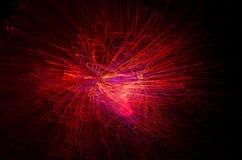 从光纤的多彩多姿的明亮的光在行动被弄脏 现代抽象背景为假日 库存照片