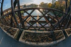 从其中一座的看法最旧的金属桥梁在蒂米什瓦拉,罗马尼亚 免版税库存图片
