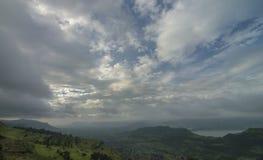 从凯斯高原看见的美丽的季风云彩,萨塔拉,马哈拉施特拉,印度 库存图片