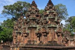 从北部角度的Banteay Srei全视图 库存图片