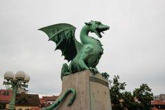 从卢布尔雅那的龙桥梁 免版税图库摄影