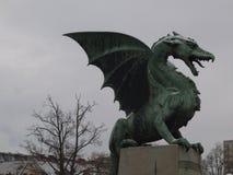 从卢布尔雅那的龙雕象  库存照片