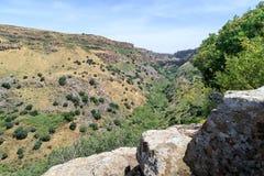 从古老犹太市的废墟的看法Gamla由罗马帝国的军队在第67个年广告的毁坏了对Gol 库存照片