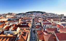 从圣诞老人Justa推力,葡萄牙的里斯本地平线 库存照片