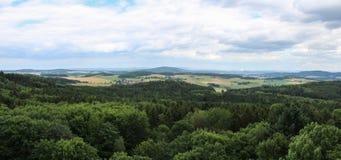 从城堡塔的Panoramatic视图到捷克风景 图库摄影