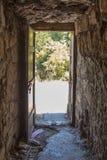 从城堡的神奇出口 门出口塔 免版税库存图片