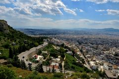 从城市的高度的美丽的景色在希腊 库存图片