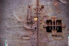 从墨西哥的金属和古董门 免版税库存图片
