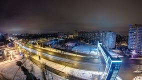 从夜timelapse上的哈尔科夫市在冬天 乌克兰 股票视频