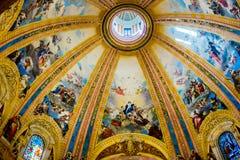 从大圆屋顶的马德里- Fesco在大教堂de重创的旧金山el 图库摄影